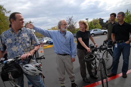 Bike commuters at Daimler Trucks North America on Swan Island-4
