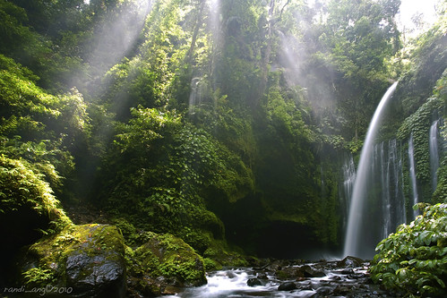 travel light indonesia landscape waterfall ray falls rays lombok raysoflight waterscape ntb westnusatenggara nusatenggarabarat tiukelep