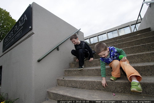 stopping to play with hex bugs on the steps of lakeside plaza