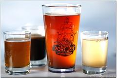 tea(0.0), beer glass(1.0), pint glass(1.0), distilled beverage(1.0), drink(1.0), grog(1.0), pint (us)(1.0), beer(1.0), alcoholic beverage(1.0),