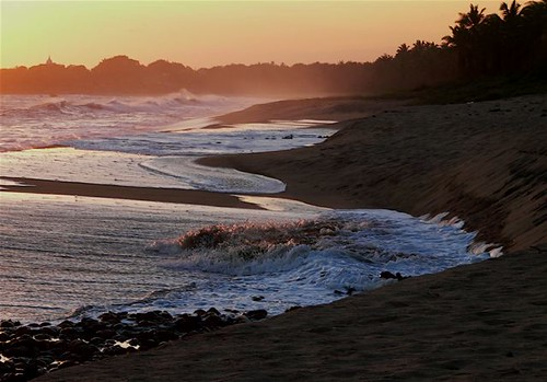 sunset beach nature golden evening wave sri lanka hour pantai alam matahari ombak sekitar terbenam godawaya