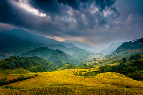 """Mountain Storm"" Vietnam~Asia~Sapa~Landscape~Photography~Travel"