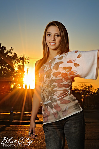 sunset portrait sun senior photography photo downtown texas glare photographer tx rep picture highschool flare rays burst freeport starburst 2010 representative lakejackson 2011 exporters brazoriacounty brazosport bluecityphotography bluecityphotographycom