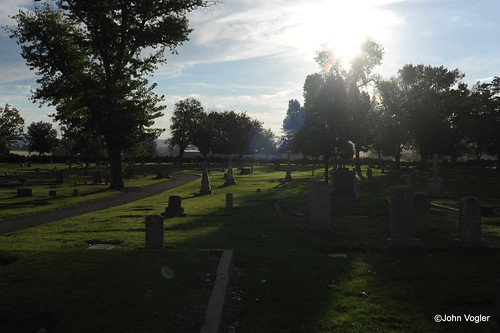 cemetery sunrise oroville