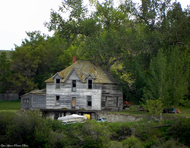Giant abandoned house near willow creek montana a photo for Willow creek mansion