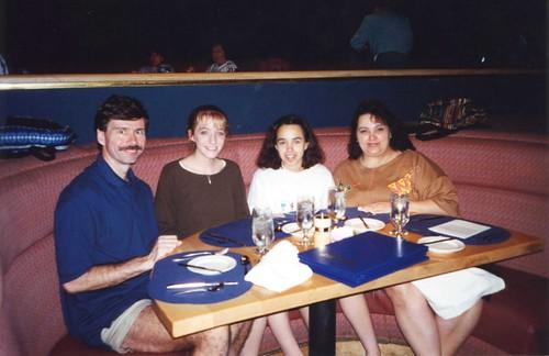 1995 04 23 Disney new 380b