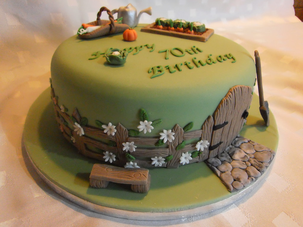 Garden themed cake - a photo on Flickriver