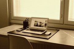 Entrepreneur Macbook Pro