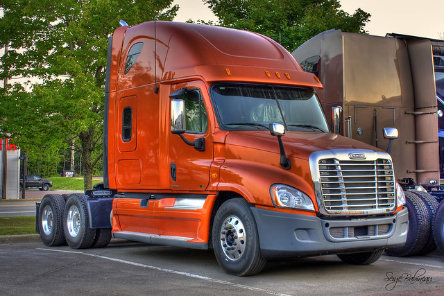 Freightliner Cascadia Truck | Flickr - Photo Sharing!