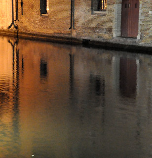 Bruges - night reflection
