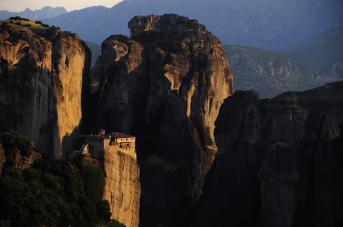 travel sunset wallpaper golden rocks europe cliffs unesco greece monastery desktopwallpaper select worldheritage shah meteora saumil roussanou saumilshah