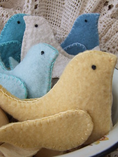 Eco Friendly Recycled Wool Lavender Bird Sachets