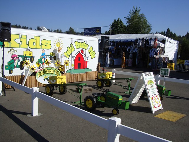 Pedal Pulling Tractors For Sale http://www.flickr.com/photos/backyardbirderwa/4992144908/