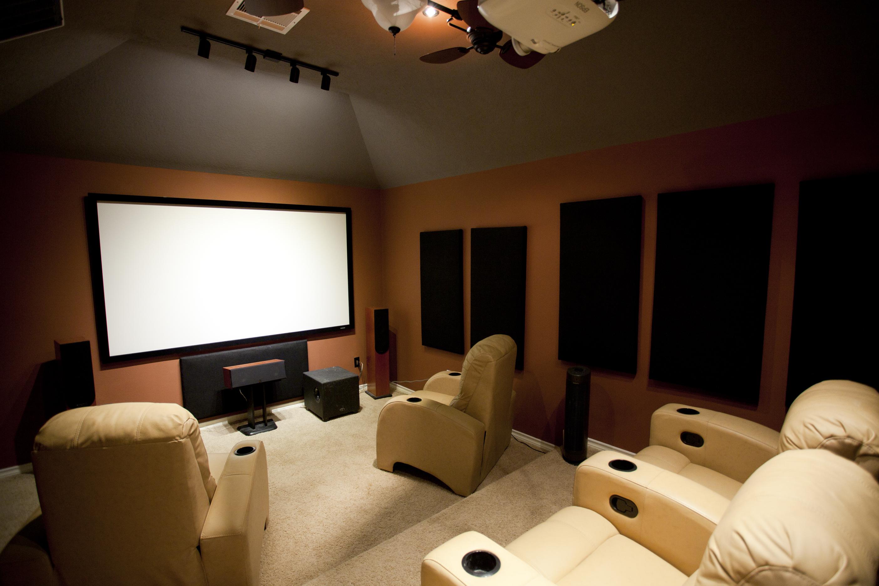 予算5万以下で作る100インチchromecastホームシアターが楽しい Diy Digital