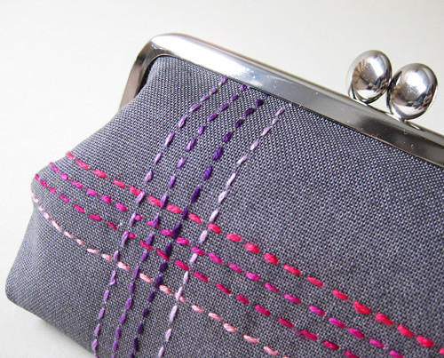 medium pouch berry stitches