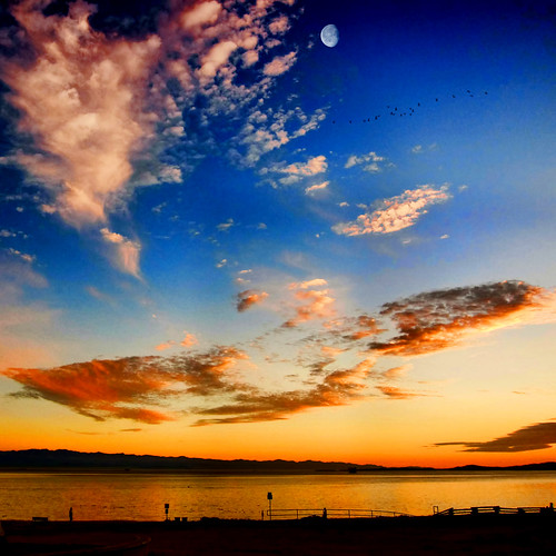 ocean city travel sunset sea summer sky canada tourism beach water clouds landscape bay waves quiet peace bc pacific cove dream peaceful canadian vancouverisland tranquil victoriabc jamesbay nationalgeographic dallasroad salish zedzap