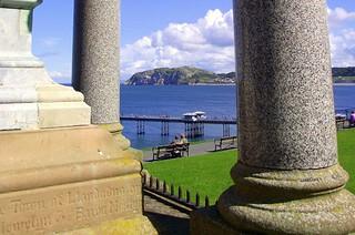 Victoria monument view ...