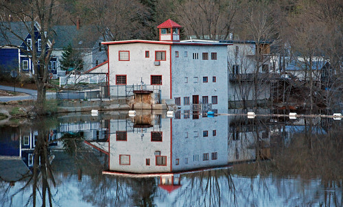 old red usa house reflection building water landscape outside grey town photo interesting nikon flickr exterior power image shots outdoor dam gray picture newengland newhampshire engineering places nh hydro historical scenes gundersen goffstown nikoncamera buoyant nikond40x d40x piscataquogriver bobgundersen robertgundersen