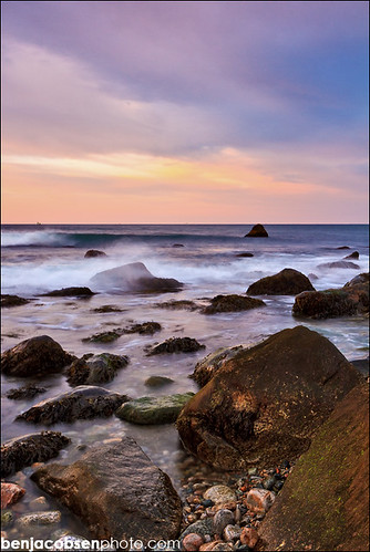 ocean seascape sunrise 7d nd 1022 gnd waterandrocks watchhillri