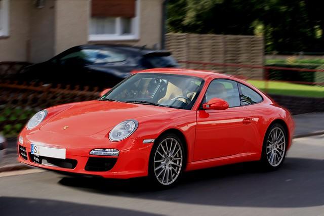 Porsche Carrera -Geisterfahrt?