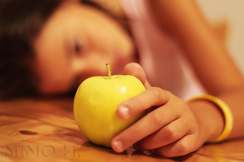 The girl and the apple