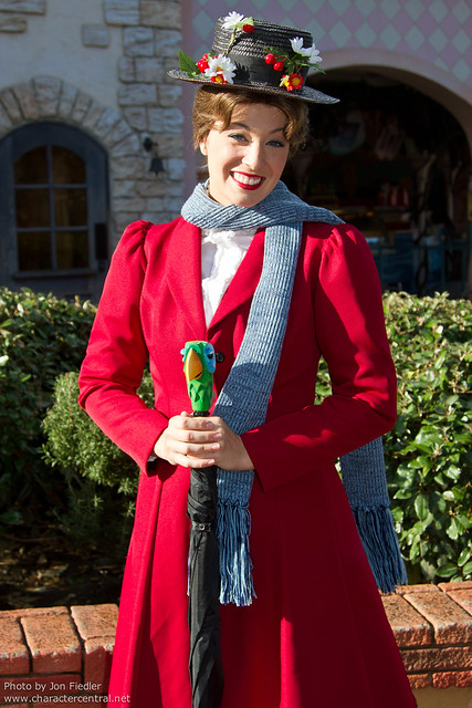 DLP Halloween 2010 - Meeting Mary Poppins