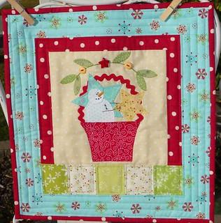 Snowman in a basket quilt