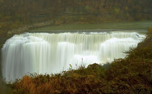 waterfall highwater lowerfalls urbanwaterfall rochesterny geneseeriver spraywindandrain closeandconvenient