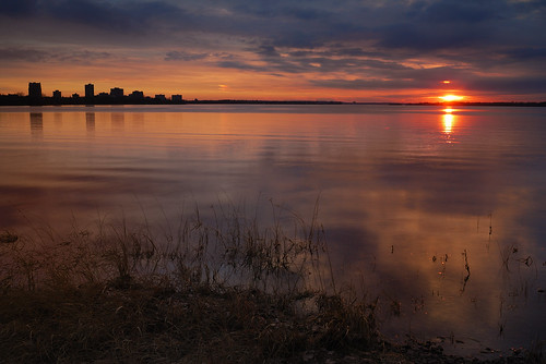 city sunset ontario canada grass river nikon ottawa shore riverbank 24mmf28 d80