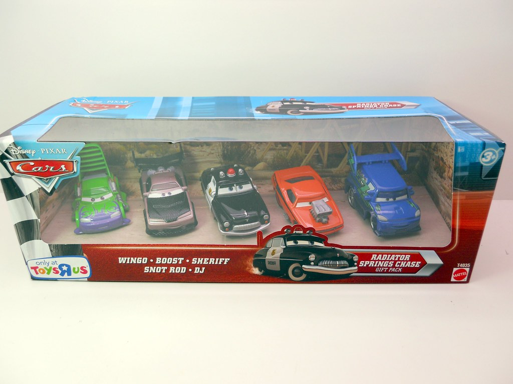 DISNEY CARS TOYS R US RADIATOR SPRINGS CHASE SET (1) - a photo on ...