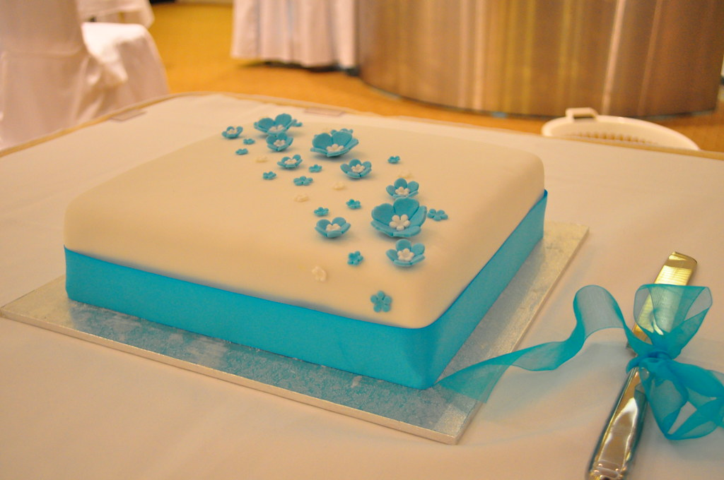 Turquoise Wedding Cake - a photo on Flickriver