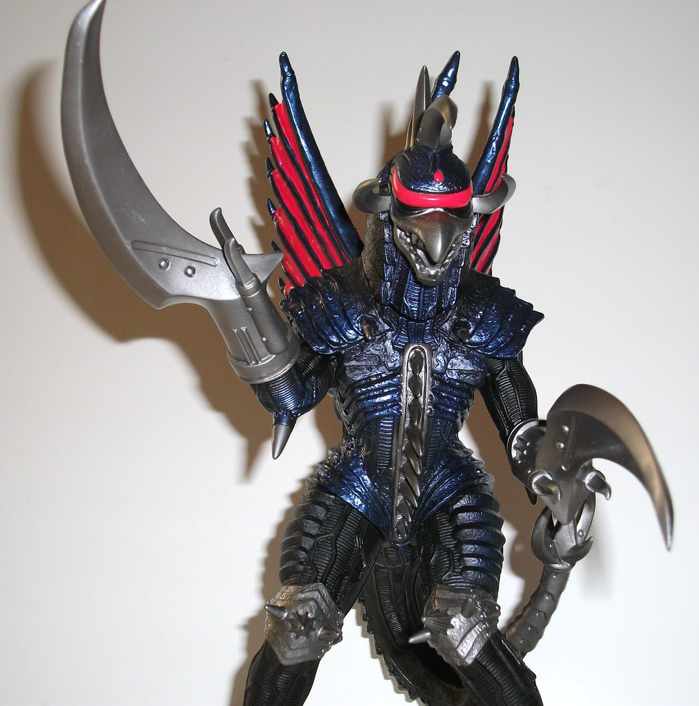 Gigan Final Wars 12 Inch Figure Review | Infinite Hollywood
