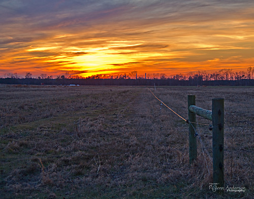 sunset electric fence post pasture a850