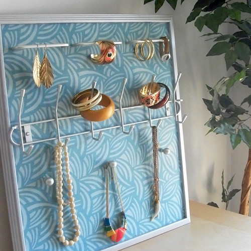 Tribal Azul Jewelry Frame