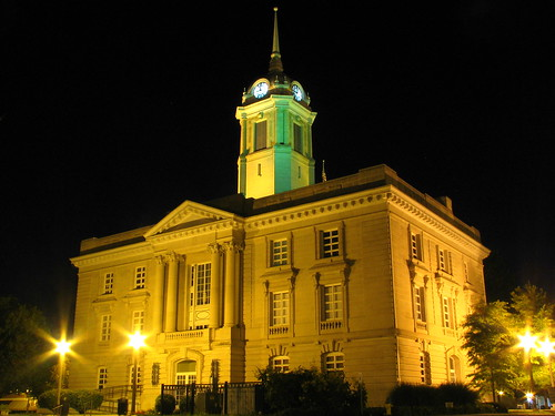 Maury County Courthouse at night