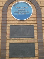 Photo of John Rogers blue plaque