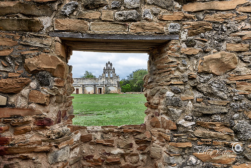 old vacation building window sanantonio ellen san texas tour open view juan historic openwindow sanjuan frame mission capistrano antonio viewing hdr yeates