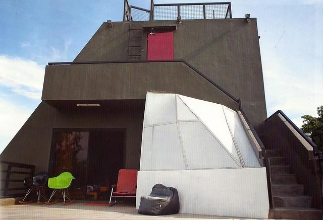Ely Buendia's house
