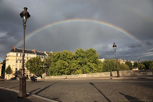 Rainbow over Pont Marie