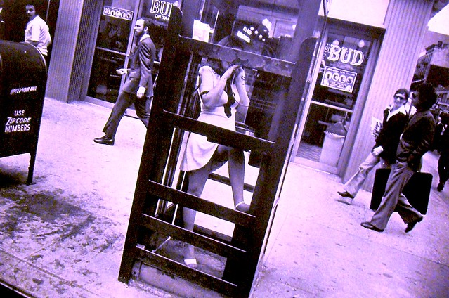 GARY WINOGRAND 1960s Woman In Short Skirt NYC phone booth vintage photo