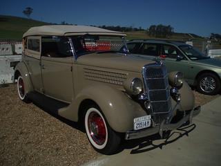 1935 Ford V8 tourer
