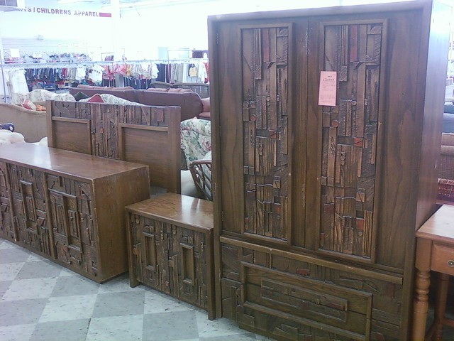 What do you think of this retro bedroom set. What do you think of this retro bedroom set    Democratic Underground