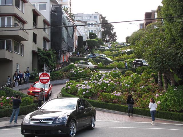 07 San Francisco - Lombard Street
