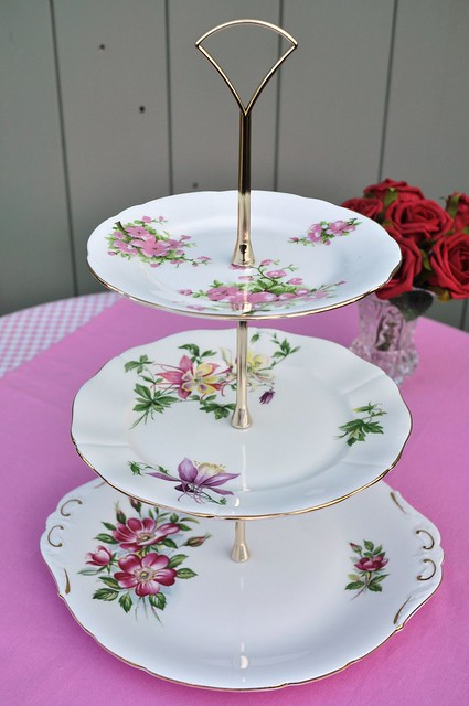Pretty floral 3 tier cake stand flickr photo sharing for Pretty cake stands