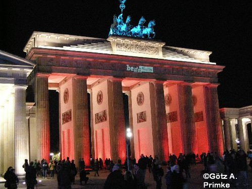 Berlin_Festival_of_Lights_Brandenburger_Tor_2010_13