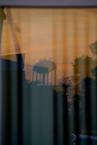autumn sunsetlincolntonncnorthcarolinalincolncountycolorfalldavidhopkinsphotographyredorangewatertower ncpedia