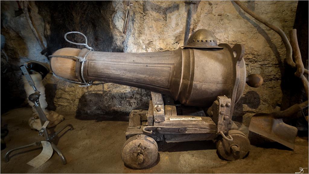 Musée de l'insolite p2 35599883191_486a6bfdc5_b