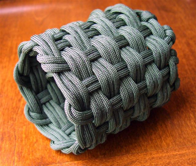 woven paracord can koozie 2 flickr photo sharing