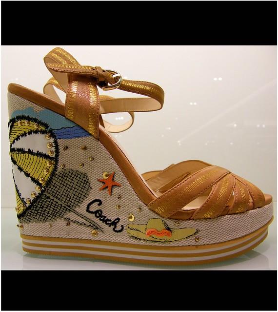 Large Ladies Shoes Usa