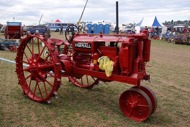 Farmall F 12 : Farmall f tractor production years